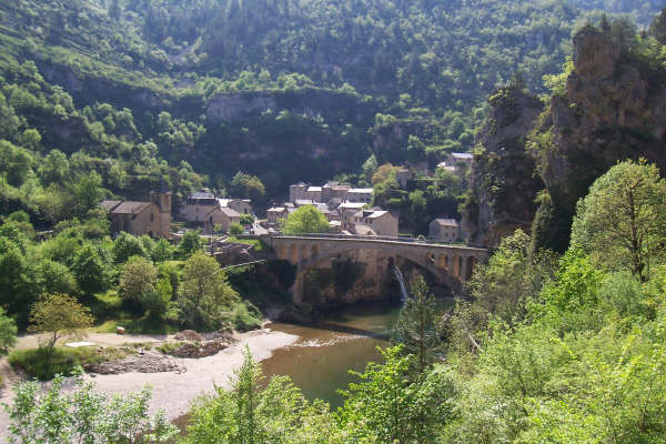 cycling in Gorges in France
