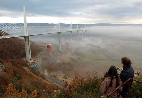 Millau viaduct in Tarn valley from Peyre